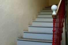 Nos Gites et notre salle - escalier